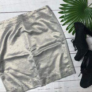 🔴{Loft} sz 10 gold metallic shimmer skirt
